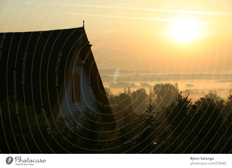 Morgennebel in Ungarn (Alsópáhok) Nebel Ungar Niedrigenergiehaus Alsópáhok