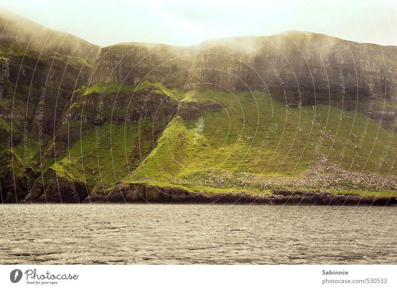 [Skye 17] Canna Umwelt Natur Landschaft Urelemente Erde Himmel Wolken Sonne Schönes Wetter Wind Pflanze Gras Moos Hügel Felsen Wellen Küste Meer Klippe