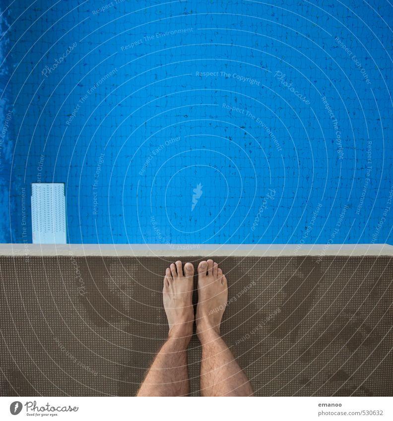 Angst? Freude Schwimmen & Baden Freizeit & Hobby Sport Fitness Sport-Training Wassersport Sportler Schwimmbad Mensch Mann Erwachsene Jugendliche Beine Fuß 1