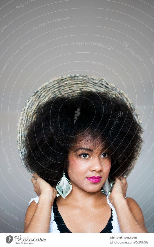 Haare schön Haare & Frisuren Haut Gesicht Kosmetik Creme Schminke Lippenstift feminin 1 Mensch Afro-Look ästhetisch einzigartig elegant exotisch Identität