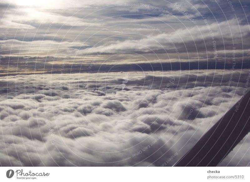 über den wolken Luftverkehr wolken fliegen