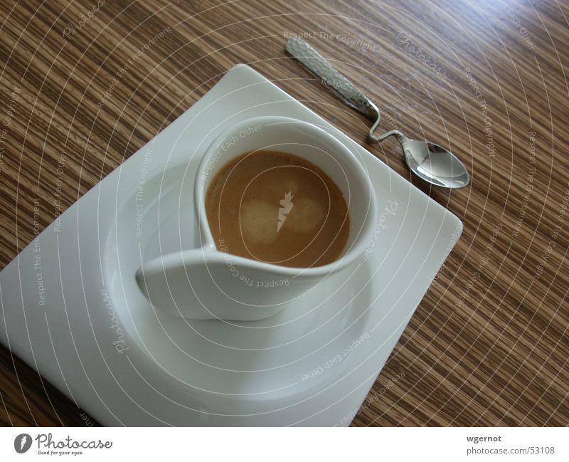 Café nicht Kaffee 2 Holz Design Tisch Streifen Tasse Espresso Löffel gekrümmt Brettwurzelbaum Besteck Villeroy