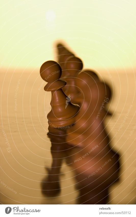 der aus der reihe tanzt gelb Spielen Business Raum Kraft Freizeit & Hobby Beginn Erfolg planen einzigartig Risiko Mut frech Konkurrenz Schach Selbstständigkeit