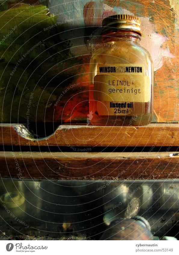 Leinöl Ölfarbe mehrfarbig Atelier Kunst Holz Farbe alt streichen Metall
