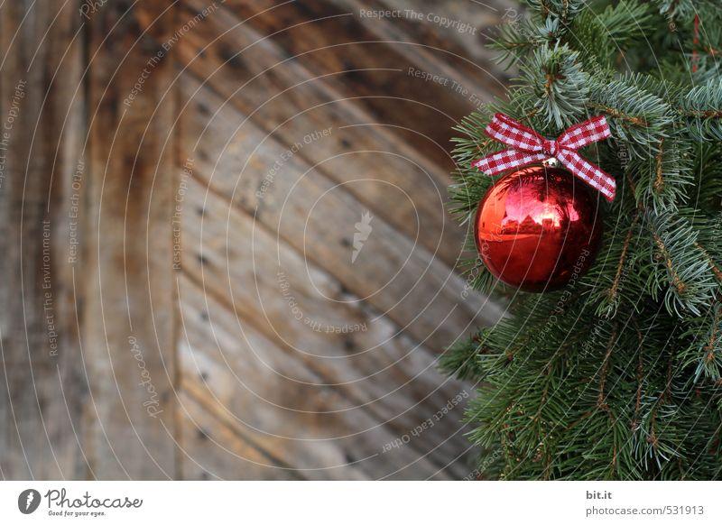 Weihnachtsromantik Weihnachten & Advent schön Winter Holz Feste & Feiern glänzend Dekoration & Verzierung Glas rund Schnur Kitsch Weihnachtsbaum hängen Tanne kariert Christbaumkugel