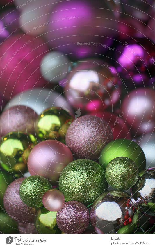 Sammlung II Stil Häusliches Leben Wohnung Dekoration & Verzierung Feste & Feiern Weihnachten & Advent Kitsch Krimskrams Zeichen glänzend mehrfarbig grün violett
