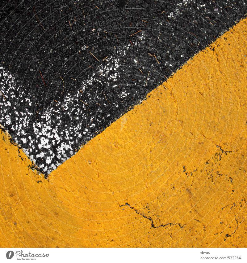 v Verkehr Verkehrswege Straße Wege & Pfade Verkehrszeichen Verkehrsschild Asphalt Teer Farbstoff Parkplatz parkstreifen Stein Schilder & Markierungen Linie