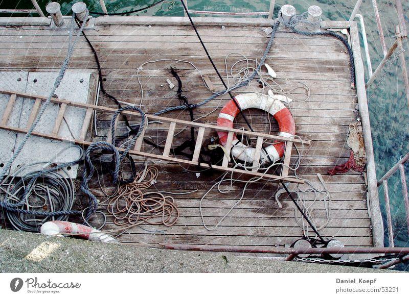 Rescue01 rot Meer Strand Seil Schnur Geländer Schifffahrt Anlegestelle chaotisch Leiter Flur Rettung Wasserfahrzeug Rettungsring Schiffsplanken Bodensee