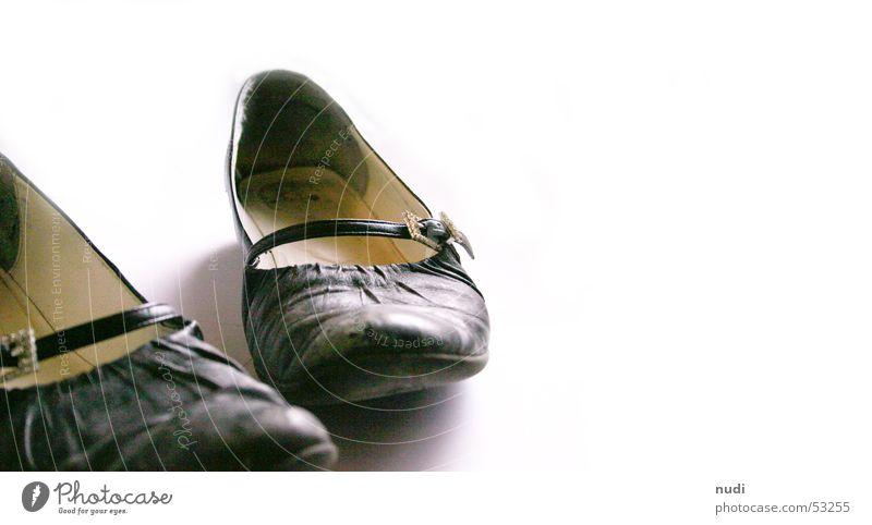 tausend Schritte schwarz Schuhe Tanzen gehen Leder schreiten gebraucht Schnalle Ballerina