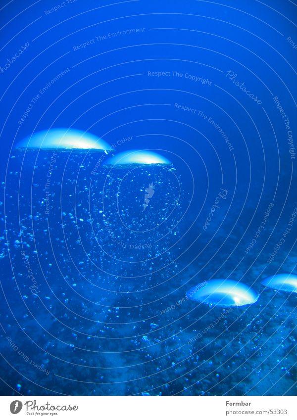 Wasser 1 blau Luft tauchen blasen Unterwasseraufnahme