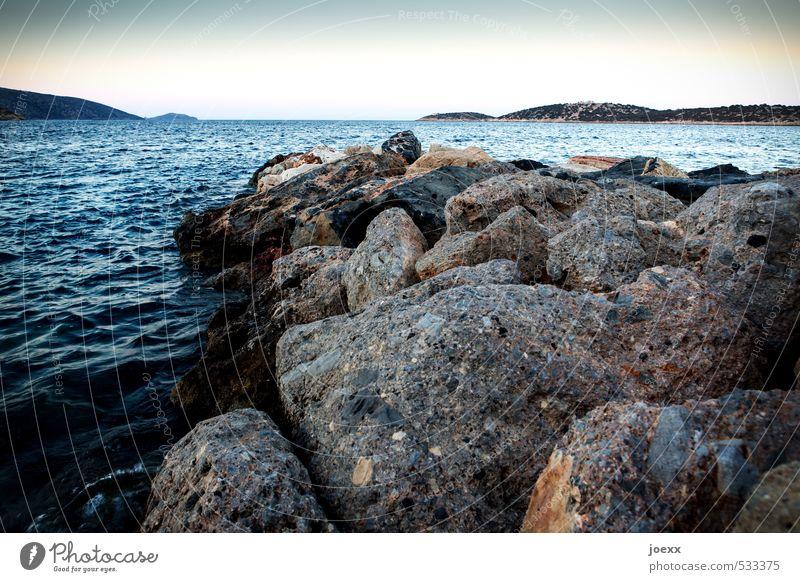 Am Ende des Weges Ferien & Urlaub & Reisen Meer Insel Natur Landschaft Wasser Himmel Wolkenloser Himmel Horizont Sommer Schönes Wetter Küste Kreta Stein blau