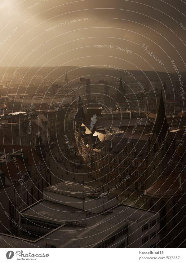 Birdview Ferien & Urlaub & Reisen Stadt Wolken Haus Architektur Gebäude Wetter Fassade dreckig Stadtleben Klima Hochhaus Tourismus Platz Ausflug Dach