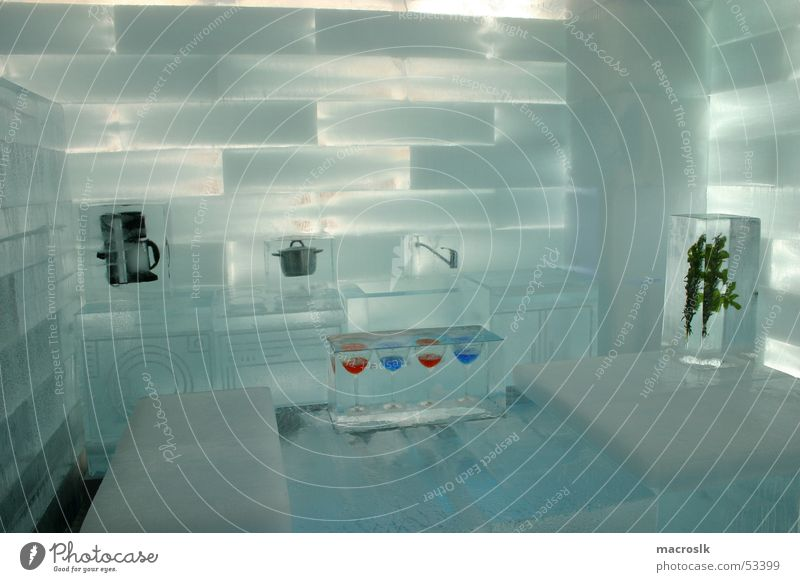 Eishaus 100m², 85 Tonnen Eis (powered by ING.DIBA) von macroslk ...