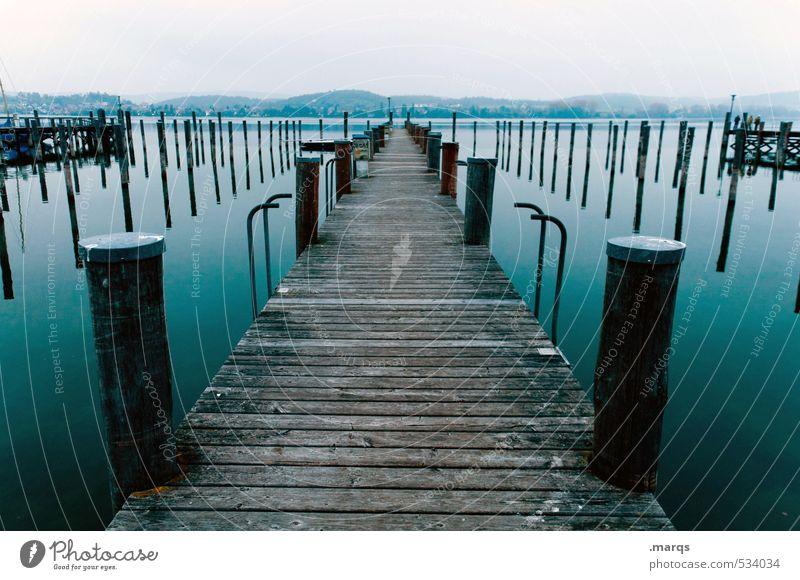 Anleger Ausflug Abenteuer Himmel Horizont See Bodensee Steg authentisch frisch schön Stimmung Erholung Perspektive ruhig Farbfoto Gedeckte Farben Außenaufnahme