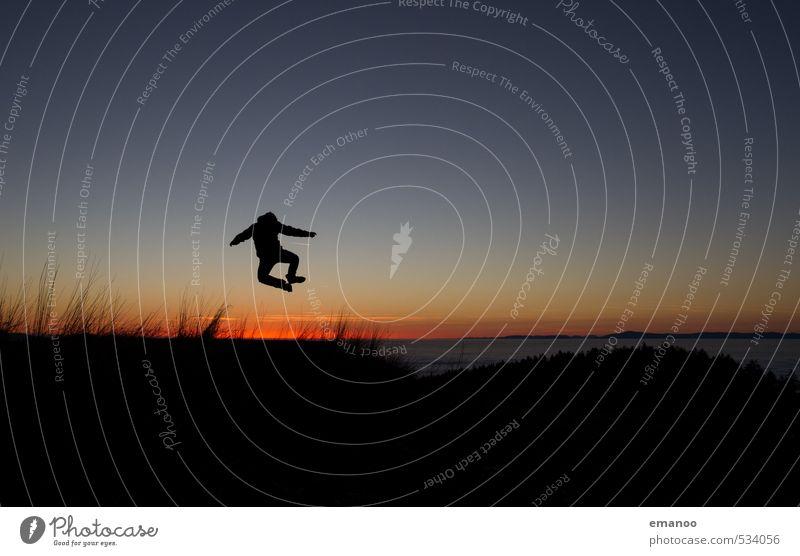 heel click Mensch Himmel Natur Ferien & Urlaub & Reisen Mann blau Landschaft Freude schwarz Erwachsene dunkel Berge u. Gebirge Sport Freiheit Glück Stil