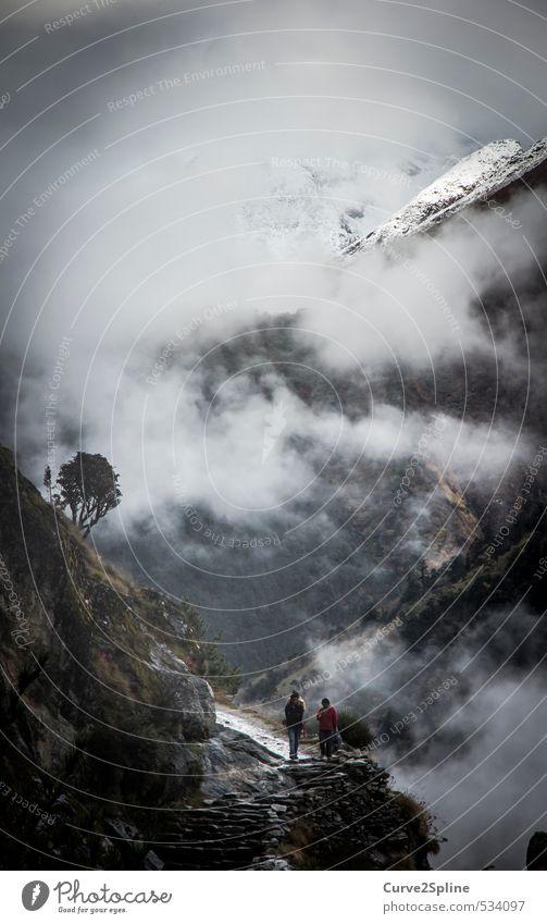 Pfad Mensch Natur Landschaft Urelemente Himmel Gewitterwolken Herbst Nebel Felsen Berge u. Gebirge Schneebedeckte Gipfel Nepal ästhetisch außergewöhnlich