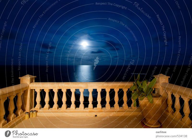 Der Mond, meine Damen und Herren, Himmel Ferien & Urlaub & Reisen blau weiß Wasser Meer Ferne Horizont Luft Erde Schönes Wetter ästhetisch Urelemente Aussicht