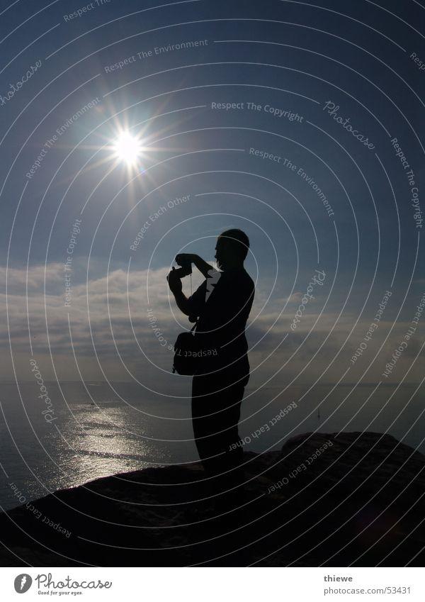 how to photograph (1) Meer Fotografieren Wolken schwarz Reflexion & Spiegelung dunkel weiß Mann Wellen Ferien & Urlaub & Reisen ruhig harmonisch Sonne Mensch