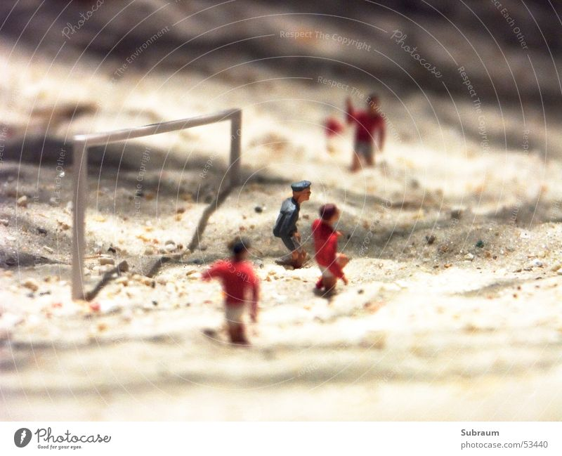 11. Minute Mann Ferien & Urlaub & Reisen Sport Spielen Sand Schuhe Fußball rund Ball Erfolg Teamwork Fußballer Leder Weltmeisterschaft Präsentation Inszenierung