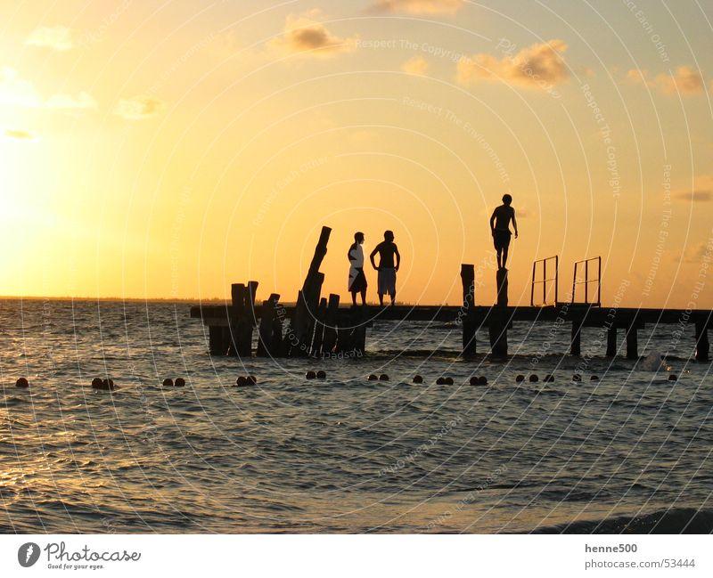mexican sunset Mann Wasser Sonne Meer Stimmung Insel Kuba Steg Mexiko