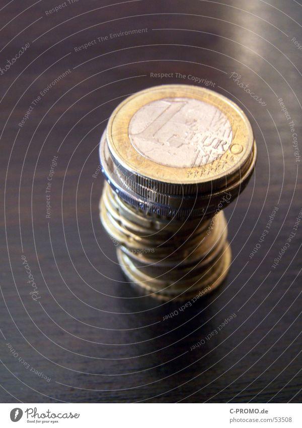 Kleingeld I Business braun Metall Geld Tisch Europa Bar Euro Theke Wechselgeld Kapitalwirtschaft Geldmünzen Cent