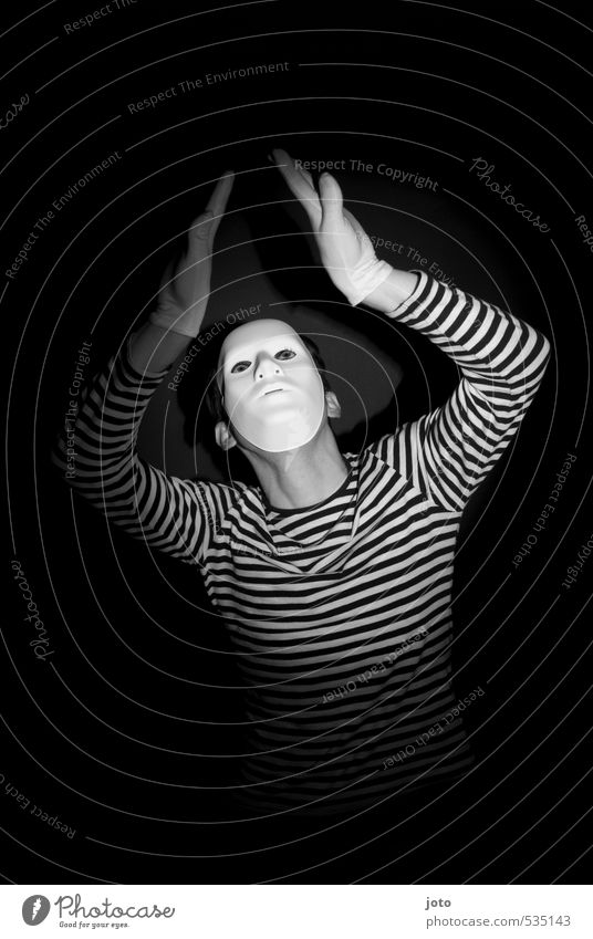 pantomime II Mann Freude Erwachsene dunkel lustig Spielen Kunst Tanzen Kultur Neugier Maske gruselig Theaterschauspiel Irritation Künstler Identität