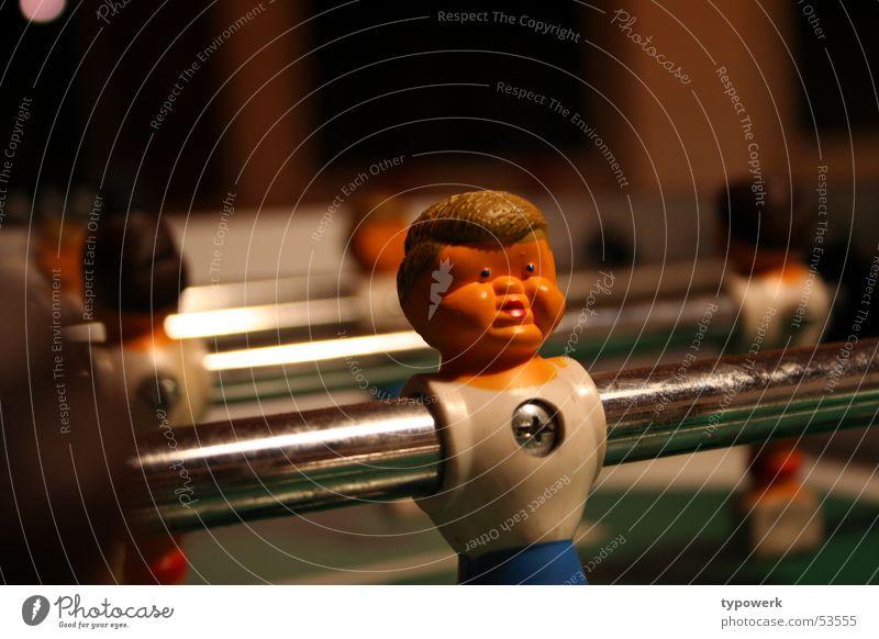 Dicke Backen ... Stab Haare & Frisuren Schraube Tischfußball Wange Spielen Gesicht Spielfigur Sport dick eingedrückt Starrer Blick Kreuzschlitzschraube glänzend