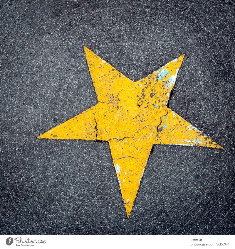 Walk of Fame alt gelb grau Lifestyle Feste & Feiern Schilder & Markierungen Erfolg einfach Vergänglichkeit Stern (Symbol) Zeichen Asphalt Entertainment