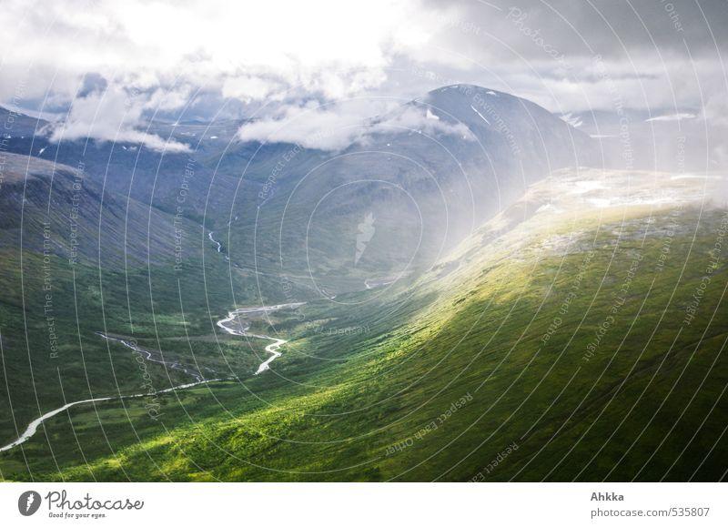 Lichtfluss Natur Landschaft Wolken Berge u. Gebirge Leben Gefühle Bewegung Wege & Pfade außergewöhnlich Stimmung Perspektive ästhetisch Vergänglichkeit