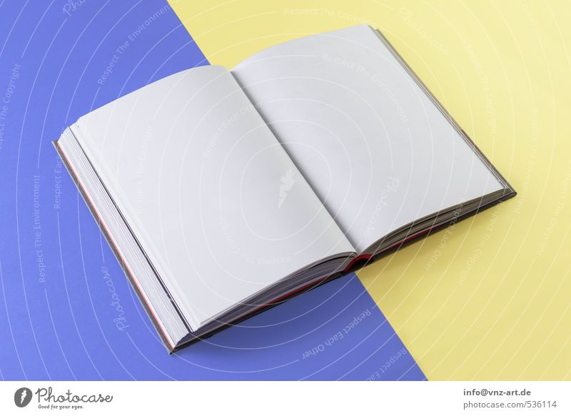 Dummy Papier gelb graphisch Buch Attrappe mehrfarbig weiß Seite leer offen Farbfoto Innenaufnahme Studioaufnahme Menschenleer Blitzlichtaufnahme