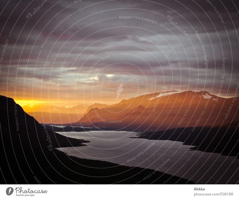 Erleuchtung Natur schön Landschaft Berge u. Gebirge Liebe Gefühle Tod Wege & Pfade außergewöhnlich Horizont Stimmung Klima leuchten Perspektive ästhetisch