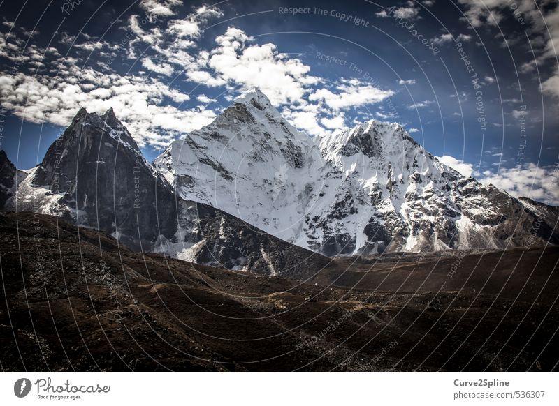 Bergwelten Natur blau Landschaft Wolken Berge u. Gebirge Schnee grau Stimmung braun Kraft frei Schönes Wetter Urelemente fantastisch Gipfel Schneebedeckte Gipfel
