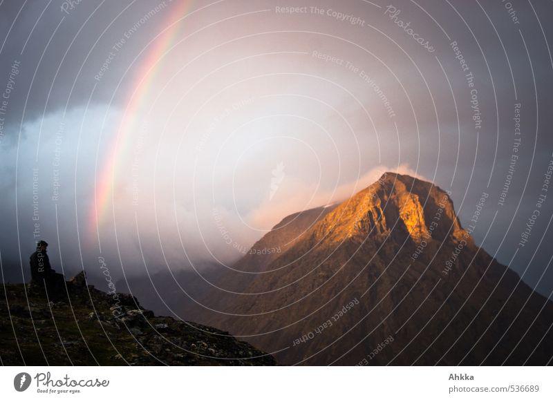 Am Ende des Regenbogens Mensch Natur Landschaft Wolken Ferne Berge u. Gebirge Leben Gefühle Stimmung Perspektive Klima Warmherzigkeit Schnur Abenteuer Schutz Sicherheit