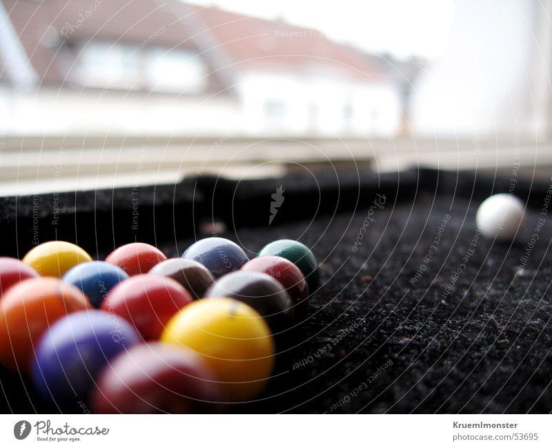 Billiard über den Dächern Haus Schwimmbad Kugel Billard Filz