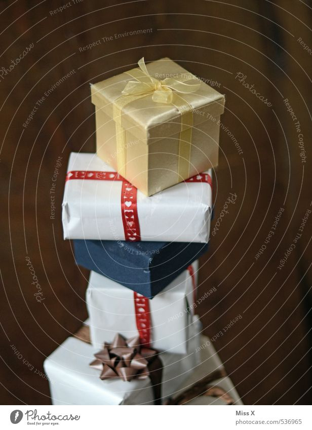 Schenkwahn Reichtum Feste & Feiern Hochzeit Geburtstag Gefühle Stimmung Vorfreude Neugier verschwenden Überraschung Wunsch Geschenk Weihnachtsgeschenk