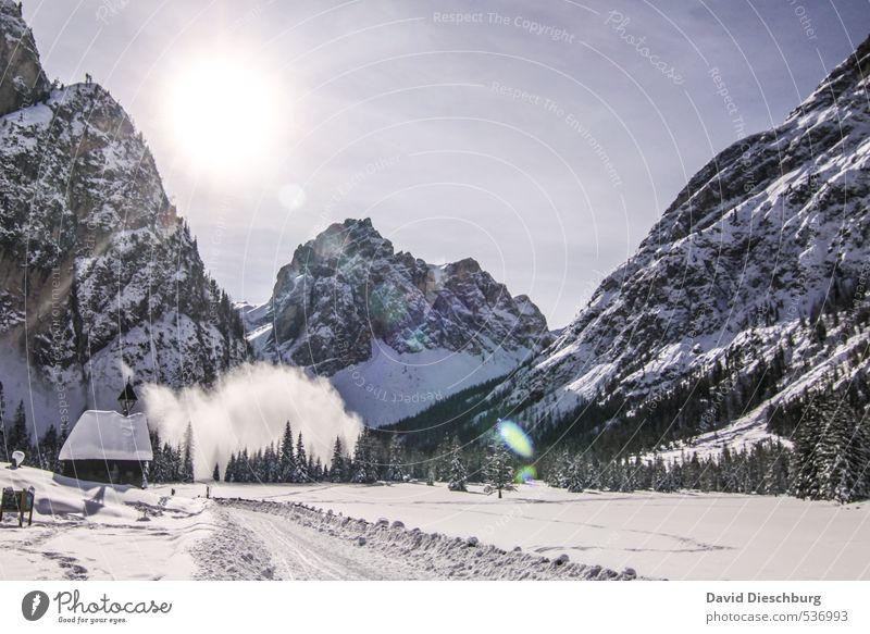 Lawine Himmel Ferien & Urlaub & Reisen blau weiß Baum Landschaft Winter schwarz Berge u. Gebirge Wege & Pfade Felsen wandern Schönes Wetter gefährlich Alpen