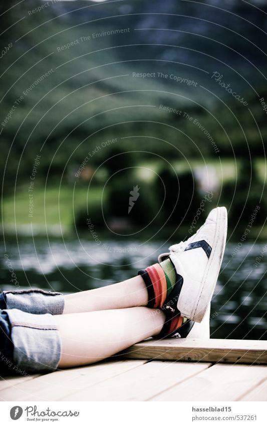 lazy norway Kind Ferien & Urlaub & Reisen Jugendliche Sommer Sonne Erholung Junge Frau ruhig Mädchen Glück Gesundheit Beine Paar Schuhe Lifestyle Tourismus