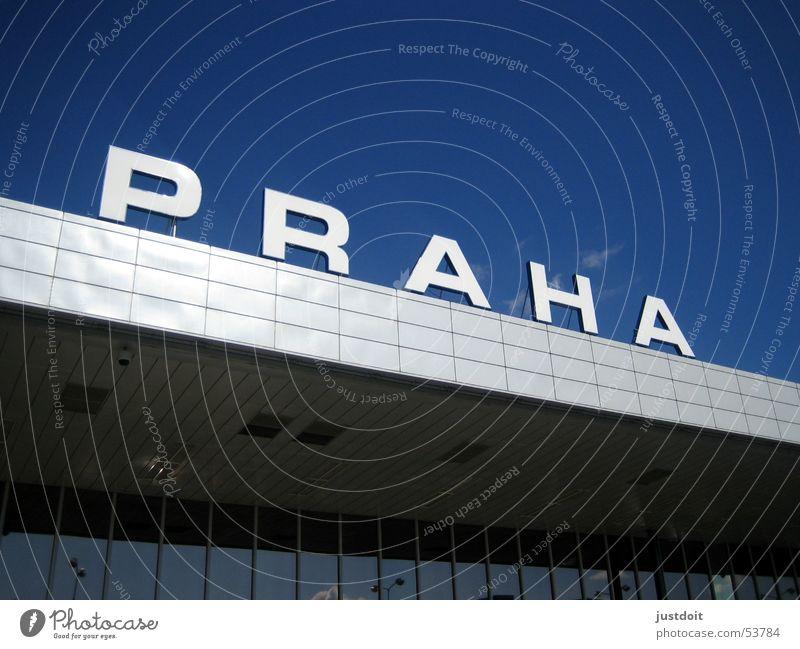 Flughafen Prag Himmel blau Stadt Ferien & Urlaub & Reisen Erholung Flughafen Prag