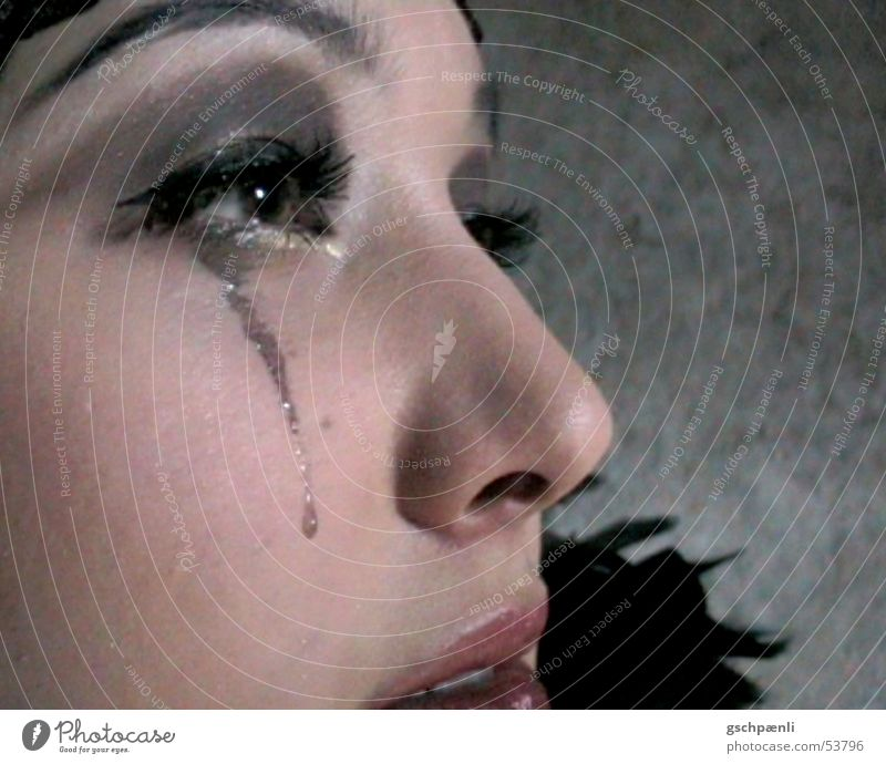 Tears part II Gesicht Trauer Feder Theaterschauspiel Sorge Tränen Jazz Asiate Junge Frau geschminkt beschmutzen Dreißiger Jahre