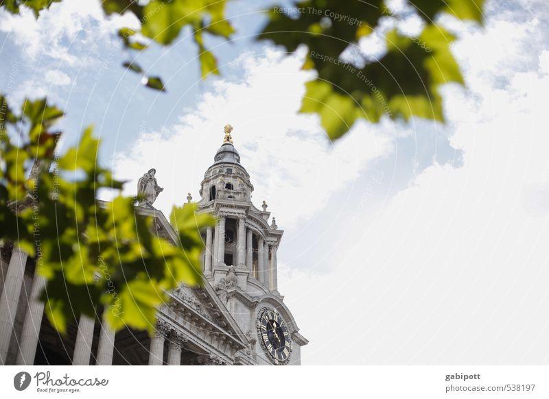 reiseziele london Himmel Ferien & Urlaub & Reisen Himmel (Jenseits) Gebäude Architektur Religion & Glaube Fassade Tourismus Perspektive Kirche Turm Macht historisch Bauwerk Fernweh Stadtzentrum