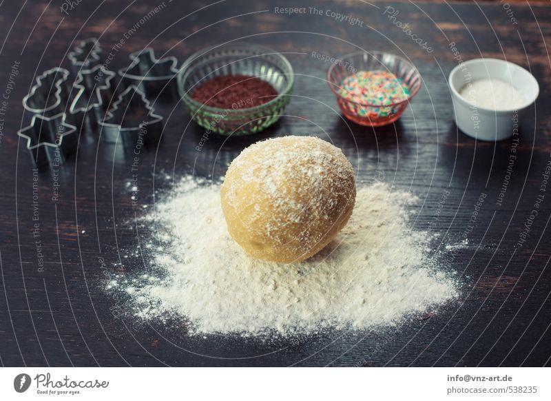Plätzchen Setup2 Weihnachten & Advent weiß schwarz Holz Feste & Feiern Lebensmittel Tisch Schalen & Schüsseln Backwaren Teigwaren Mehl Streusel