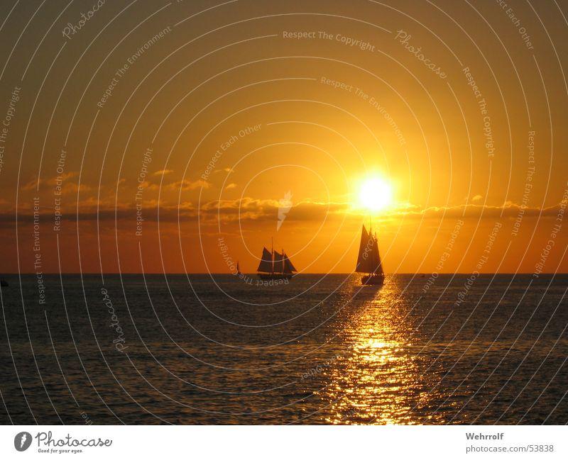 Sonnenuntergang in Key West Segelboot Wolken Meer Himmel Florida Wellen USA sky sea sun