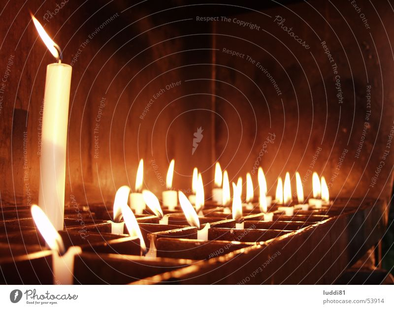 Opferkerzen Stimmung Religion & Glaube Kerze Gebet heilig Opfer