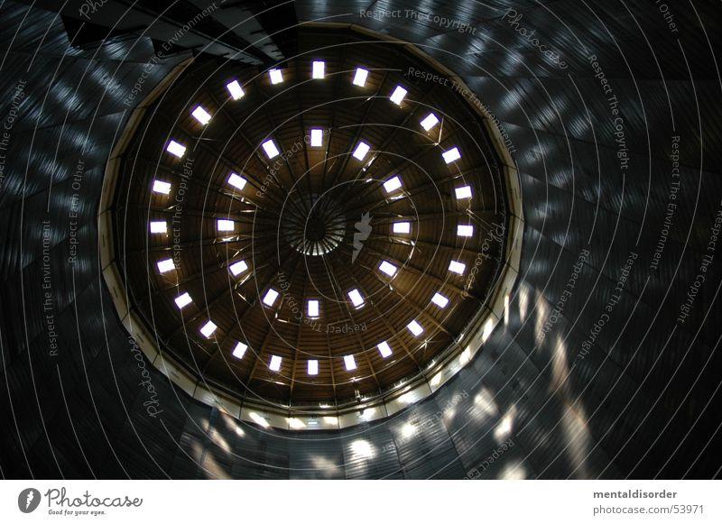 Lichtspiele Gasometer Fenster Stahl Ruhrgebiet Oberhausen Wand Fahrstuhl rund dunkel Industriefotografie reflektion Decke Schraube Sonne hall