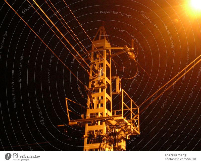 Strommast dunkel Kraft Elektrizität Kabel Strommast Leitung
