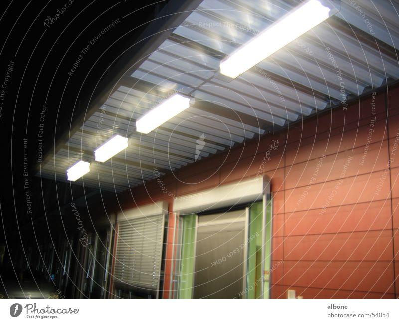 Beleuchteter Schleußeneingang Beleuchtung Studium Eingang Leipzig