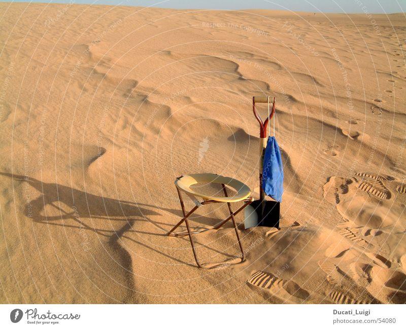 morgentoilette Ferien & Urlaub & Reisen Sand Abenteuer einfach Afrika Wüste Toilette Stranddüne Schaufel Sahara Geländewagen Niger Algerien Ténéré-Wüste
