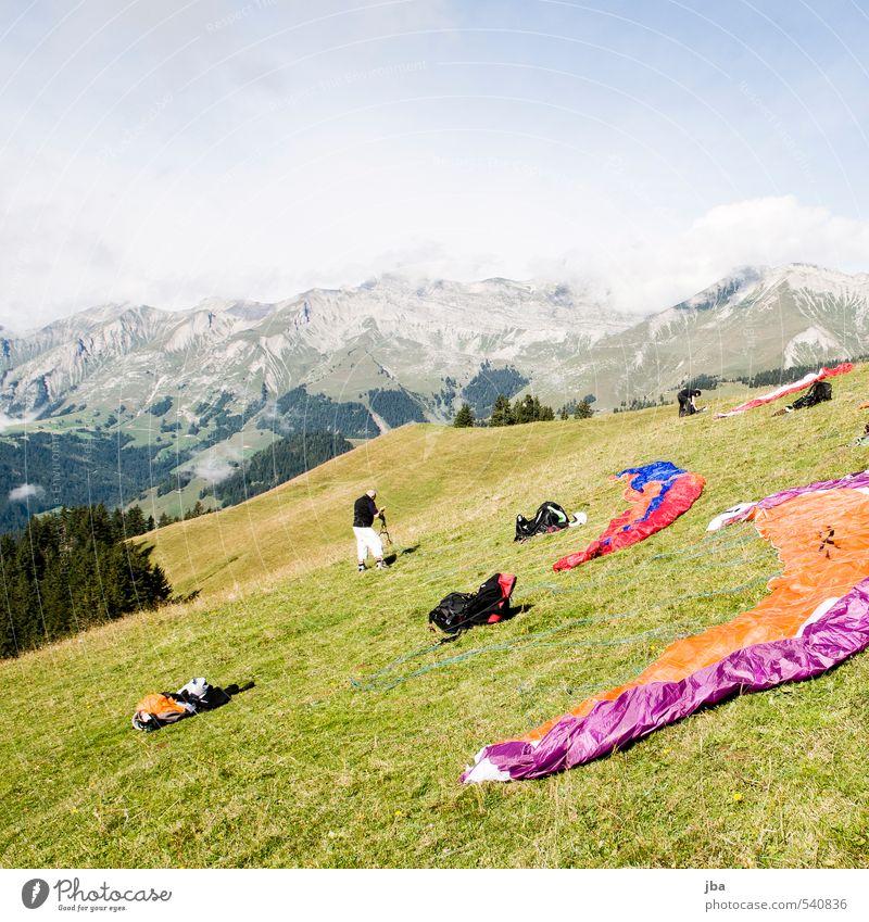 Startplatz Rodomont Himmel Natur Mann Sommer Sonne Landschaft ruhig Freude Erwachsene Berge u. Gebirge Sport Herbst Freiheit Luft fliegen Freizeit & Hobby