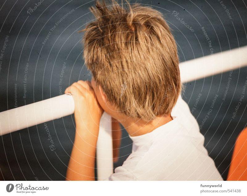 irgendwo da draussen... Mensch Kind Ferien & Urlaub & Reisen Sommer Meer Hand Einsamkeit Mädchen Traurigkeit Junge Haare & Frisuren Denken Kopf träumen blond Kindheit