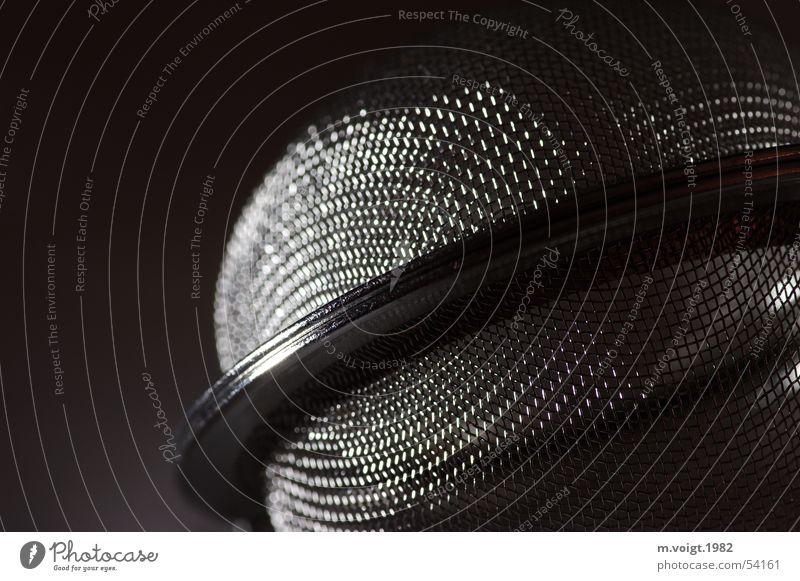 Planetar dunkel grau Metall glänzend rund Netz Tee Eisen netzartig Sieb Umlaufbahn